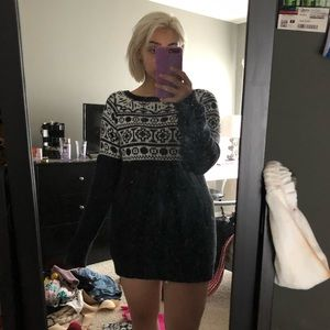 Black and white long sweater / sweater dress